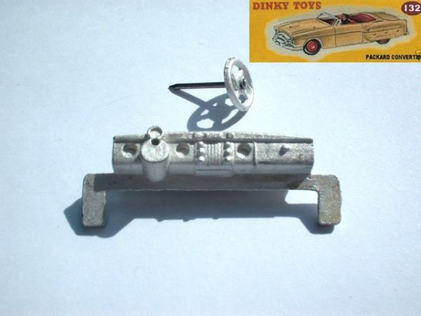 Dinky Toys 132 - Reproduction - Packard Dash + Steering Wheel and Pin (Price for set)